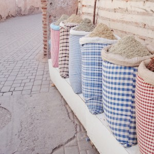 Especias en mercado de Marrakeck