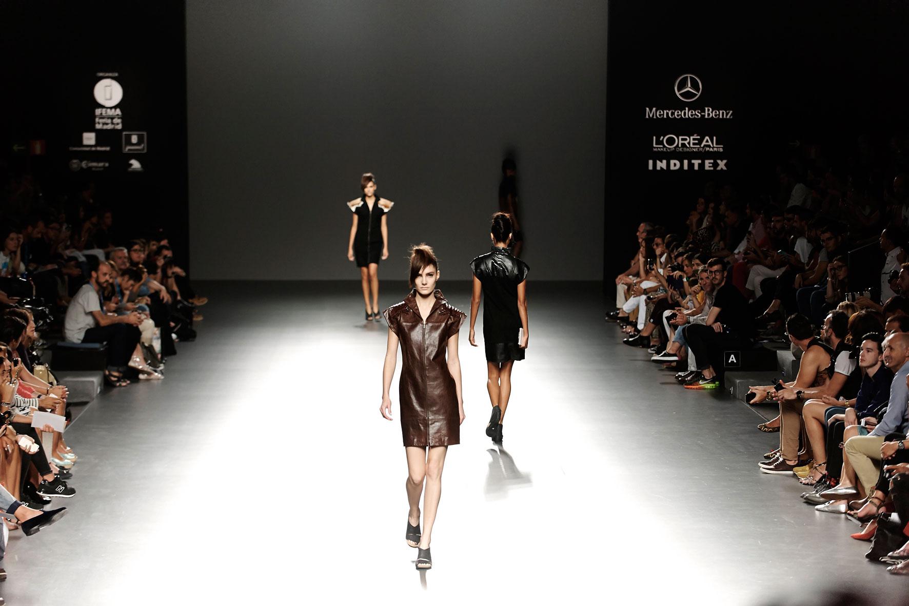 Un desfile de modelos - 3 part 6