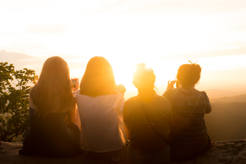 Día de la Amistad: planes con amigos poco convencionales
