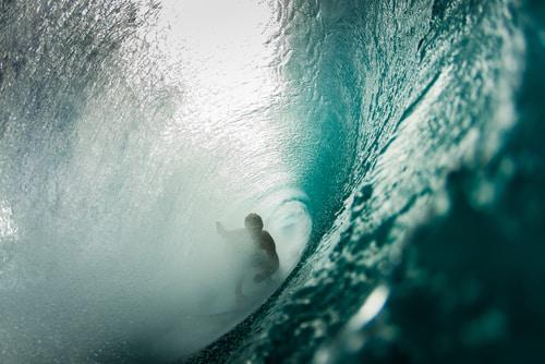 Las mejores playas para practicar surf y no bajarse de la tabla