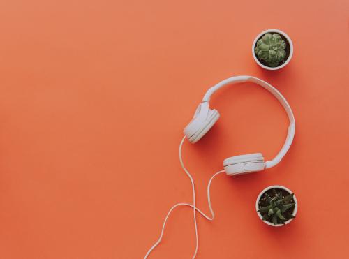 Podcast online en español: Los 4 mejores podcasts para saber más de todo un poco