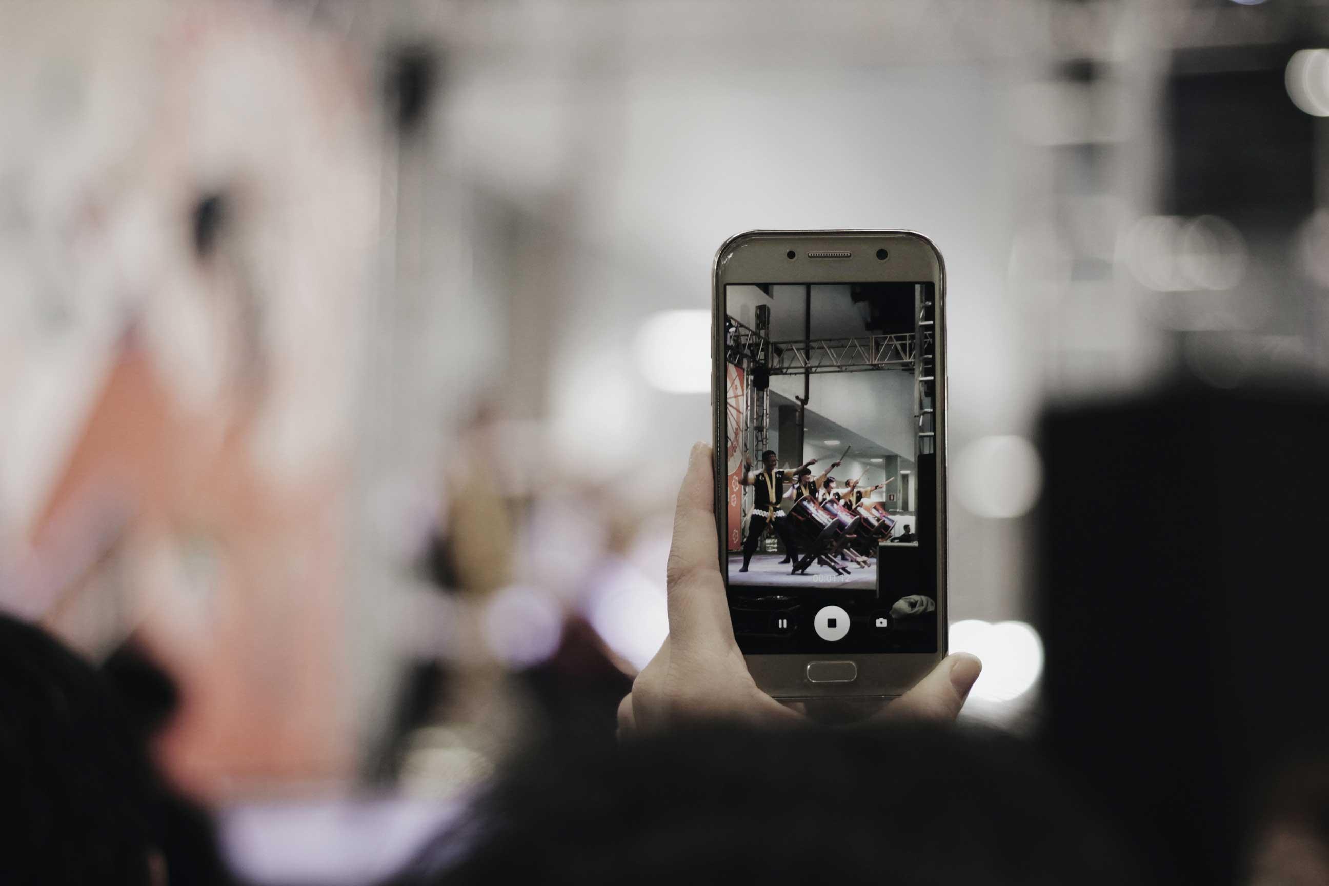 Larga vida a la Generación Z: influencers menores de 25 años que lo petan